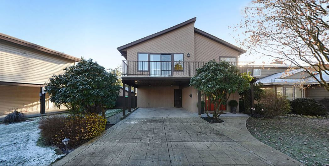 """Main Photo: 1056 LOMBARDY Drive in Port Coquitlam: Lincoln Park PQ House for sale in """"LINCOLN PARK"""" : MLS®# R2126810"""