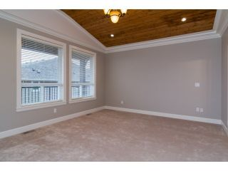 Photo 10: 18383 67 Avenue in Surrey: Cloverdale BC House for sale (Cloverdale)  : MLS®# F1431639