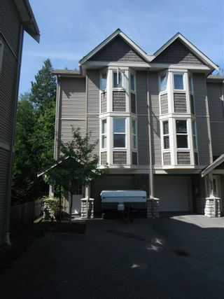 """Photo 1: 20 33321 GEORGE FERGUSON Way in Abbotsford: Central Abbotsford Townhouse for sale in """"Cedar Lane"""" : MLS®# R2034080"""