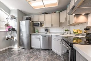 """Photo 9: 4 3476 COAST MERIDIAN Road in Port Coquitlam: Lincoln Park PQ Townhouse for sale in """"LAURIER MEWS"""" : MLS®# R2598471"""