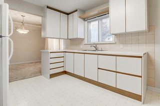 Photo 8: 2019 38 Street SW in Calgary: Glendale Detached for sale : MLS®# C4214802