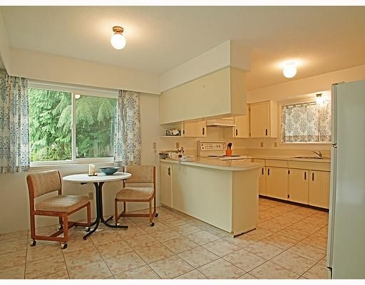Photo 2: Photos: 605 CHAPMAN Avenue in Coquitlam: Coquitlam West House for sale : MLS®# V706820