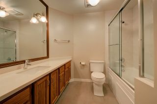 Photo 17: 2315 YORK AVENUE in Vancouver: Kitsilano Townhouse for sale (Vancouver West)  : MLS®# R2202373