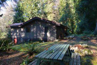 "Photo 11: 5653 CARMEL Place in Sechelt: Sechelt District House for sale in ""TUWANEK"" (Sunshine Coast)  : MLS®# R2135250"