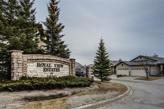 Photo 1: 81 ROYAL CREST View NW in Calgary: Royal Oak Semi Detached for sale : MLS®# C4253353