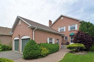 Photo 1: 36 Dalecroft Circle in Markham: House (2-Storey) for sale (N11: LOCUST HIL)  : MLS®# N1634136