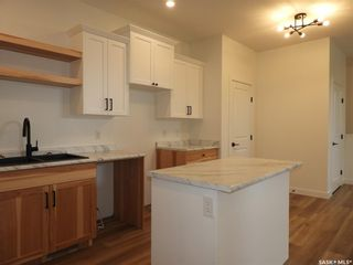 Photo 10: 111A 7th Avenue North in Warman: Residential for sale : MLS®# SK859639