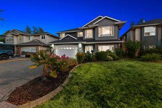 Photo 3: 19866 FAIRFIELD Avenue in Pitt Meadows: South Meadows House for sale : MLS®# R2606101