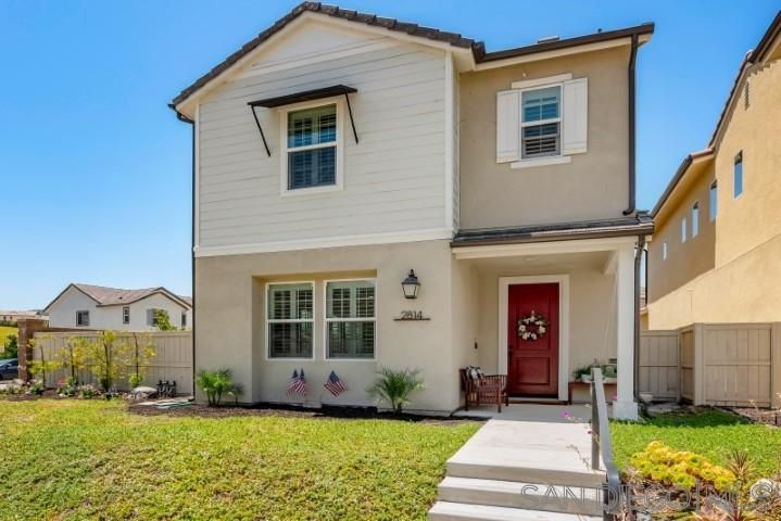 Main Photo: SOUTHWEST ESCONDIDO House for sale : 3 bedrooms : 2814 Quilters Dr. in Escondido