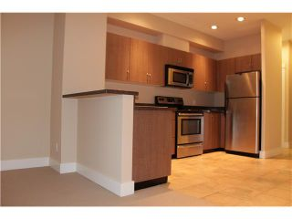 Photo 18: # 401 118 W 22ND ST in North Vancouver: Central Lonsdale Condo for sale : MLS®# V1049976