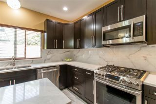 Photo 3: 183 SAN JUAN Place in Coquitlam: Cape Horn House for sale : MLS®# R2408815