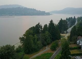 """Photo 2: 536 SAN REMO Drive in Port Moody: North Shore Pt Moody House for sale in """"NORTH SHORE"""" : MLS®# R2204199"""