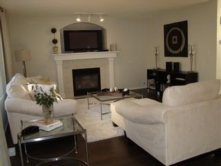 Photo 9: 217 MT DOUGLAS Circle SE in Calgary: McKenzie Lake Detached for sale : MLS®# C4272955