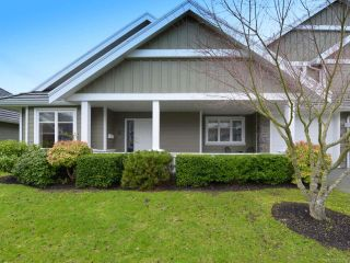 Photo 1: 6 737 Royal Pl in COURTENAY: CV Crown Isle Row/Townhouse for sale (Comox Valley)  : MLS®# 725850