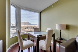 "Photo 6: 502 500 W 10TH Avenue in Vancouver: Fairview VW Condo for sale in ""CAMBRIDGE COURT"" (Vancouver West)  : MLS®# R2228428"