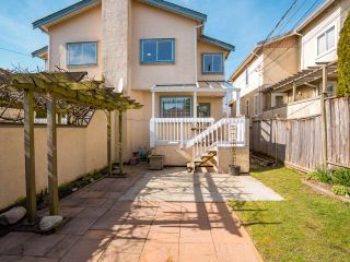 """Photo 15: 8490 FRENCH Street in Vancouver: Marpole 1/2 Duplex for sale in """"MARPOLE"""" (Vancouver West)  : MLS®# R2483416"""