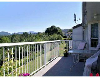 "Photo 8: 9 35035 MORGAN WY in Abbotsford: Abbotsford East Townhouse for sale in ""Ledgeview Estates"" : MLS®# F2615836"