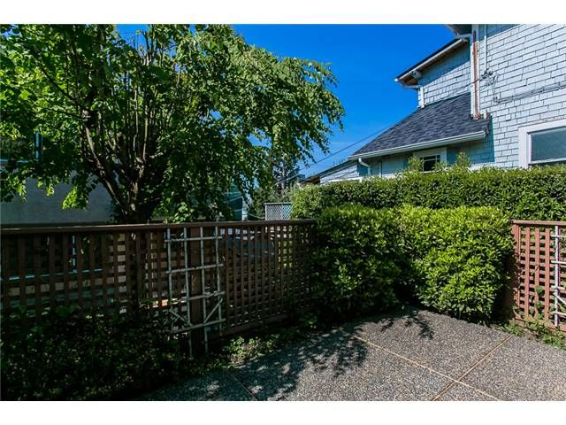 Photo 19: Photos: 1 241 E 4TH Street in North Vancouver: Lower Lonsdale Townhouse for sale : MLS®# V1062566