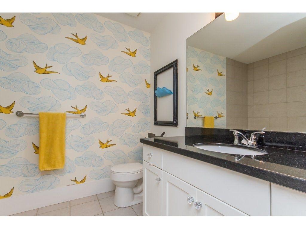 Photo 15: Photos: 4354 BLAUSON Boulevard in Abbotsford: Abbotsford East House for sale : MLS®# R2096025