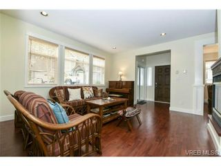 Photo 7: 138 Gibraltar Bay Dr in VICTORIA: VR Six Mile House for sale (View Royal)  : MLS®# 725723