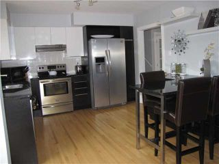 Photo 3: 20 FLAVELLE Road SE in CALGARY: Fairview Residential Detached Single Family for sale (Calgary)  : MLS®# C3523862