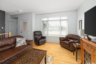 Photo 5: 218 Crenshaw Way in Warman: Residential for sale : MLS®# SK856505