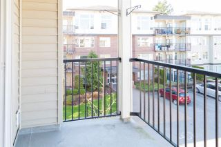 """Photo 14: 319 46289 YALE Road in Chilliwack: Chilliwack E Young-Yale Condo for sale in """"NEWMARK"""" : MLS®# R2507813"""