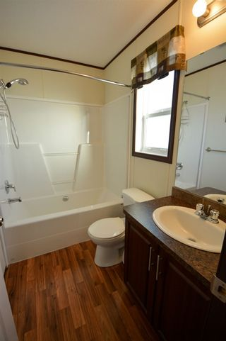 Photo 10: 13326 HIGHLEVEL Crescent: Charlie Lake Manufactured Home for sale (Fort St. John (Zone 60))  : MLS®# R2126238
