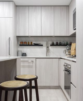 """Photo 7: 101 3264 VANNESS Avenue in Vancouver: Collingwood VE Condo for sale in """"Clive at Collingwood"""" (Vancouver East)  : MLS®# R2625630"""
