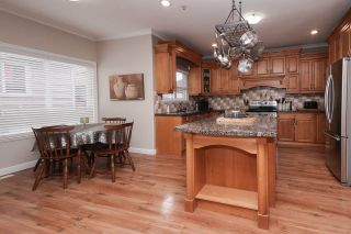 """Photo 8: 10342 JACKSON Road in Maple Ridge: Albion House for sale in """"Thornhill Heights"""" : MLS®# R2537118"""