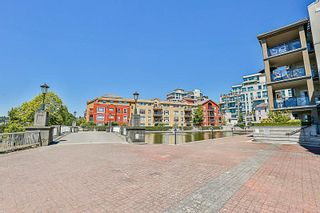"""Photo 19: 324 10 RENAISSANCE Square in New Westminster: Quay Condo for sale in """"MURANO LOFTS"""" : MLS®# R2186275"""