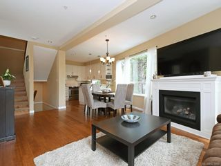 Photo 4: 1 2311 Watkiss Way in VICTORIA: VR Hospital Row/Townhouse for sale (View Royal)  : MLS®# 821869