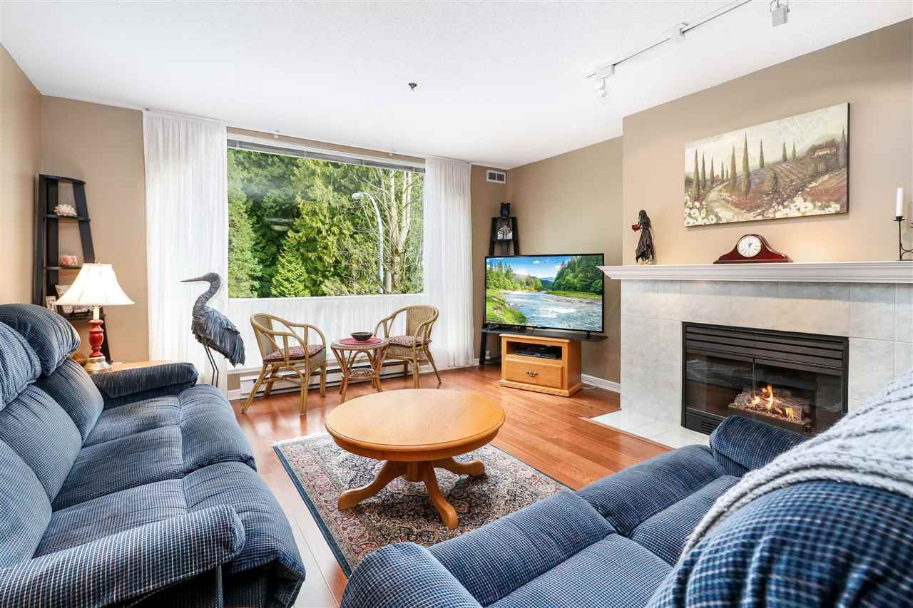 """Photo 5: Photos: 210 19142 122 Avenue in Pitt Meadows: Central Meadows Condo for sale in """"Parkwood Manor"""" : MLS®# R2250737"""