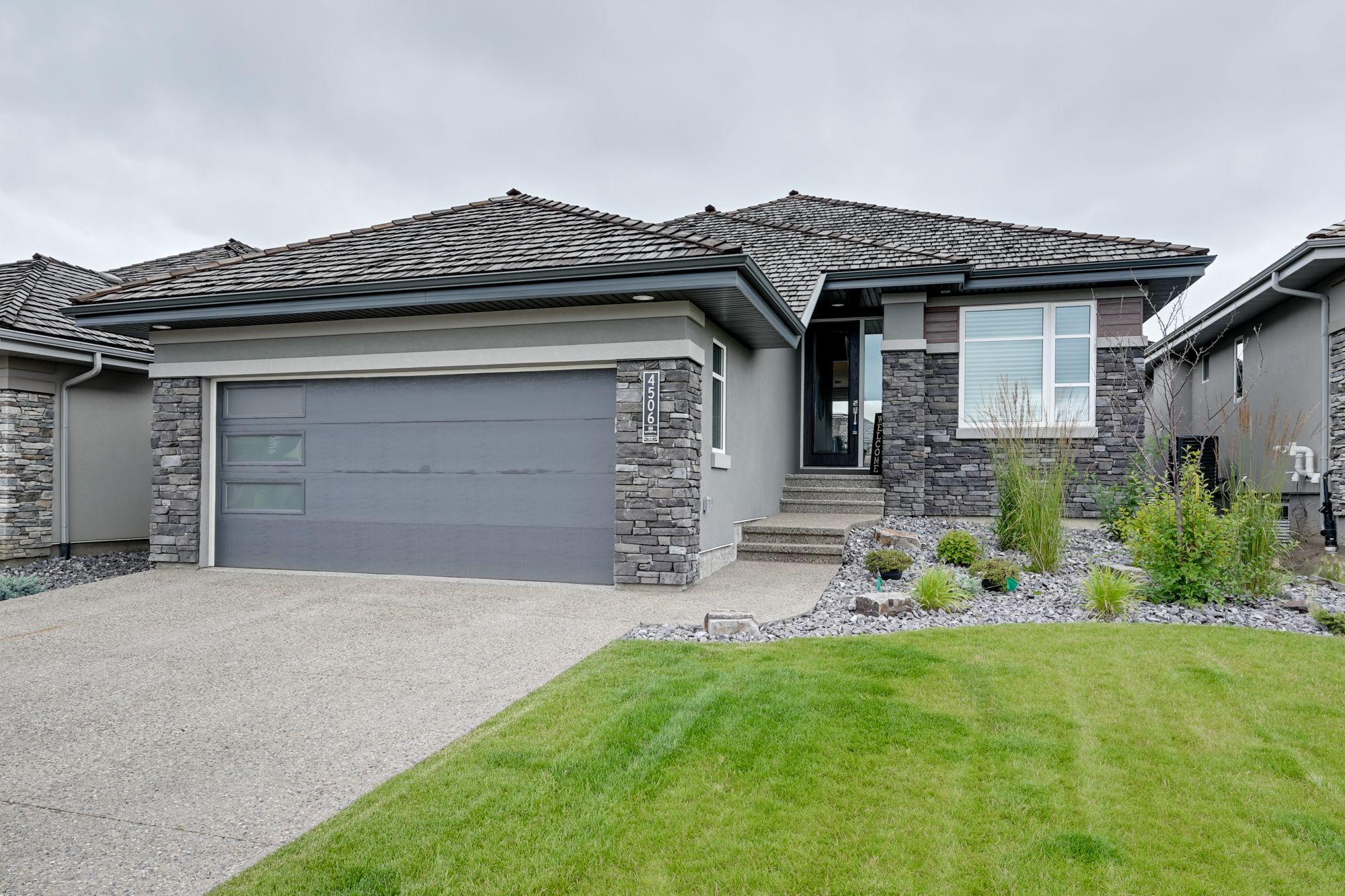 Main Photo: 4506 Westcliff Terrace SW in Edmonton: House for sale : MLS®# E4250962
