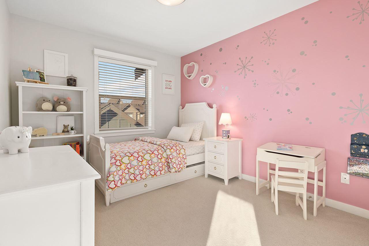 "Photo 22: Photos: 2452 165 Street in Surrey: Grandview Surrey Condo for sale in ""Hycroft"" (South Surrey White Rock)  : MLS®# R2545917"
