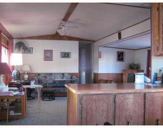 """Photo 3: 82 1000 INVERNESS Drive in Prince_George: Aberdeen Manufactured Home for sale in """"ABERDEEN"""" (PG City North (Zone 73))  : MLS®# N191469"""
