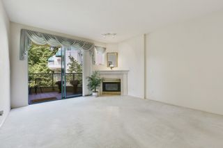 """Photo 17: 207 1725 MARTIN Drive in Surrey: Sunnyside Park Surrey Condo for sale in """"Southwynde by Bosa Construction"""" (South Surrey White Rock)  : MLS®# R2589196"""