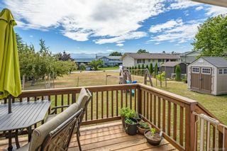 Photo 30: 2045 Beaufort Ave in : CV Comox (Town of) House for sale (Comox Valley)  : MLS®# 884580