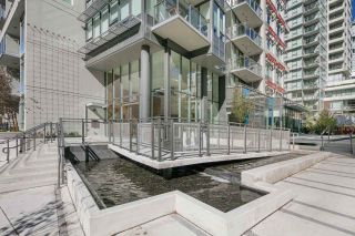 """Photo 18: 910 111 E 1ST Avenue in Vancouver: Mount Pleasant VE Condo for sale in """"Block 100"""" (Vancouver East)  : MLS®# R2125894"""
