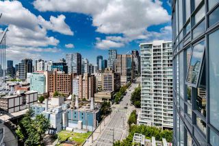 """Photo 15: 1902 111 W GEORGIA Street in Vancouver: Downtown VW Condo for sale in """"Spectrum 1"""" (Vancouver West)  : MLS®# R2467192"""