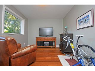 """Photo 17: 1128 TALL TREE Lane in North Vancouver: Canyon Heights NV House for sale in """"CANYON HEIGHTS"""" : MLS®# V1043343"""