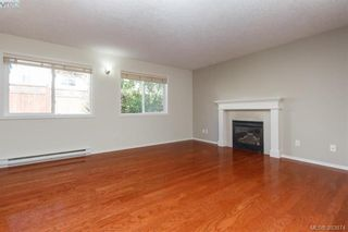 Photo 11: 14 Cahilty Lane in VICTORIA: VR Six Mile House for sale (View Royal)  : MLS®# 771497