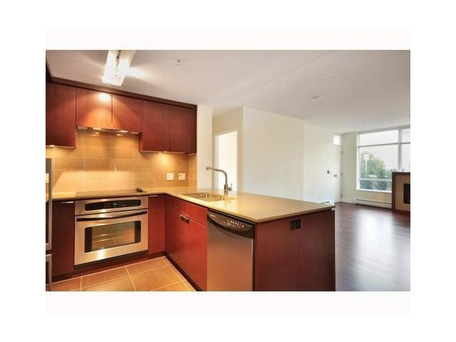 Photo 6: Photos: 1318 Chesterfield Avenue in North Vancouver: Central Lonsdale Townhouse  : MLS®# V1080976