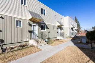 Photo 1: 18138 81 Avenue NW in Edmonton: Zone 20 Townhouse for sale : MLS®# E4239667