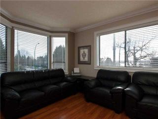 "Photo 3: 303 ST ANDREWS Avenue in North Vancouver: Lower Lonsdale Townhouse for sale in ""ST ANDREWS MEWS"" : MLS®# V867631"