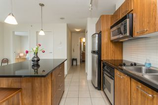 """Photo 7: 2308 1199 SEYMOUR Street in Vancouver: Downtown VW Condo for sale in """"Brava"""" (Vancouver West)  : MLS®# R2541937"""