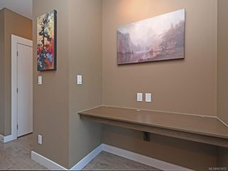 Photo 6: 305 286 Wilfert Rd in View Royal: VR Six Mile Condo for sale : MLS®# 821972
