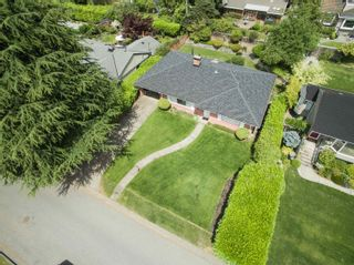 Photo 16: 918 WENTWORTH Avenue in North Vancouver: Forest Hills NV House for sale : MLS®# R2624148