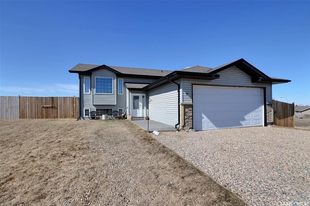 Main Photo: 9 Poplar Crescent in Birch Hills: Residential for sale : MLS®# SK851338