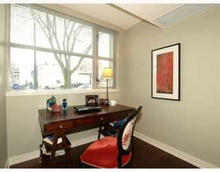 """Photo 4: 101 3595 W 18TH Avenue in Vancouver: Dunbar Townhouse for sale in """"DUKE ON DUNBAR"""" (Vancouver West)  : MLS®# V751304"""